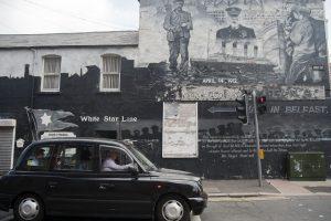 Black Taxi Tour of Belfast